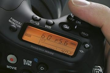 Sony Alpha 68 A-Mount Digitalkamera (24 Megapixel, 6,7 cm (2,7 Zoll) Display, 79-Phasen AF-Messfelder) inkl. SAL-1855 Objektiv schwarz - 4